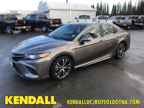 Pre-Owned 2019 Toyota Camry SE